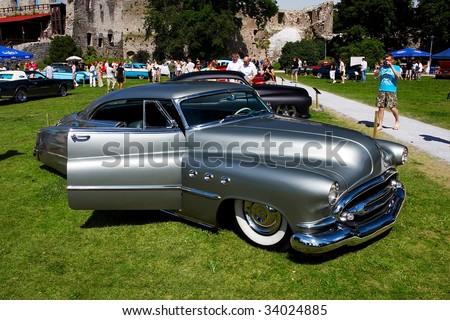 HAAPSALU, ESTONIA - JULY 18: American Beauty Car Show, showing grey 1952 Buick Super, front view on July 18, 2009 in Haapsalu, Estonia