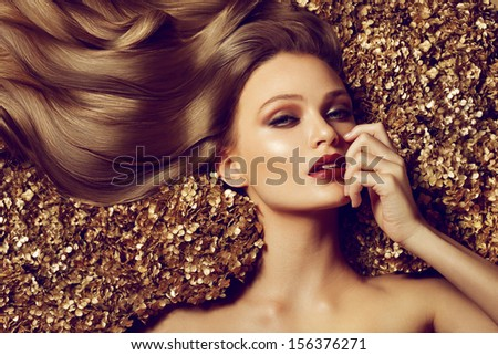 Hair. Beautiful brown hair Girl. Healthy Long Hair. Beauty Model Woman. Hairstyle