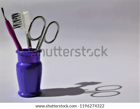 Hair comb, brush, nail file Stok fotoğraf ©