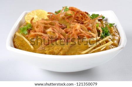 Haleem in White Dish