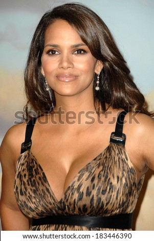 Halle Berry, wearing a Dolce & Gabbana dress, at Jenesse Silver Rose Gala & Auction, Beverly Hills Hotel, Beverly Hills, CA, April 27, 2008 Photo by David Longendyke/Everett Collection