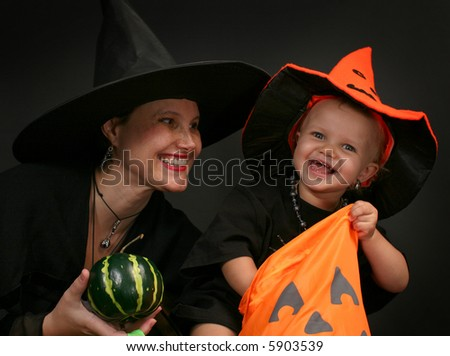 Halloween - baby and mother