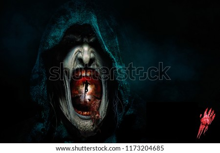 Halloween Horror Nights 5 e inside Tunnel People