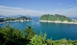 Hallyeohaesang National Park Observation deck, Nambu myeon, Geoje si, Gyeongsangnamdo, South Korea, spring southern island, calm blue pacific Korean, blue sky, stunning amazing worth to visit.