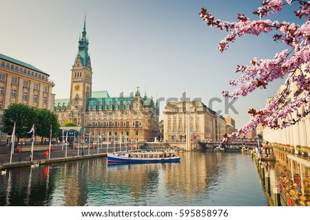 Hamburg townhall and Alster river at spring