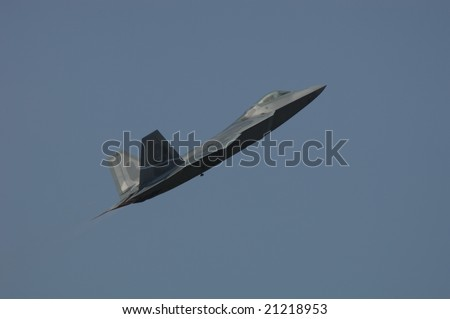 Hampton VA, May 14: USAF F-22 takes off during an air demonstration during the Langley AFB on May 14, 2005.