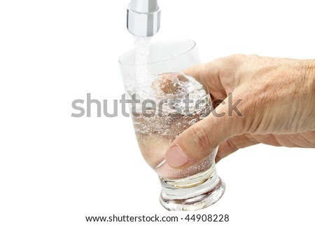 hand are holding a glass of water