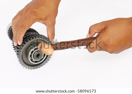 hand knock the ball bearing and repair gear