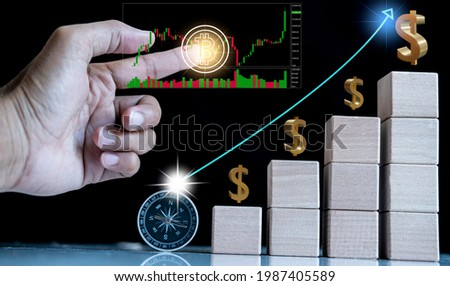 Hand man business holding tecnology graph bitcoin. For business stock market finance, lifestyle and ethereum or block chain tecnology change to dollar Stock market Foto stock ©