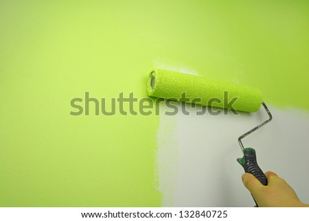 hand painting wall in green