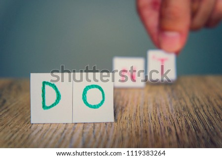 Hand put English alphabet with word Do to Don't for Personal mindset control. Something allow and something prohibit.