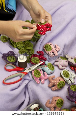 Hand sewing and cloth dolls