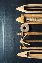 hand weaving shuttle, antique wooden shuttle weaving tool