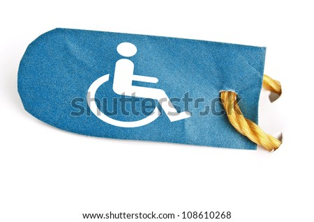 Handicap shape on isolated label