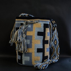 handicrafts, national insignia wayuu bags