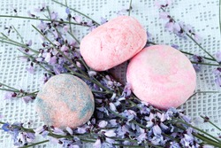 Handmade solid shampoo made with natural ingredients, coconut oil and sodium coconut sulfate.
