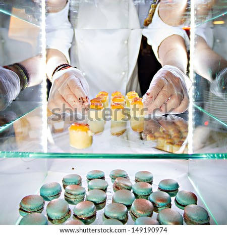 Hands of a pastry chef