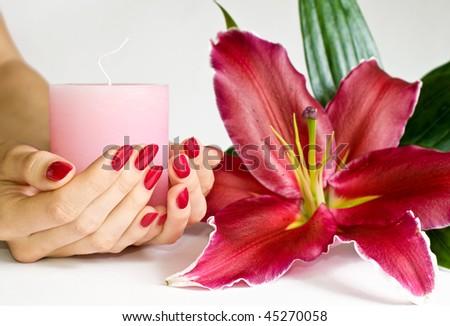 Vanilla Flower Manicure