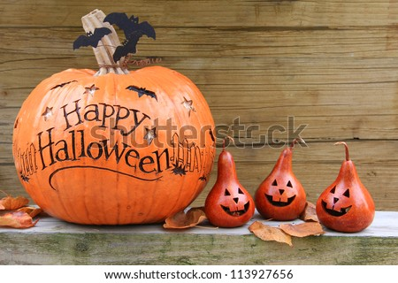 Happy Halloween pumpkin display