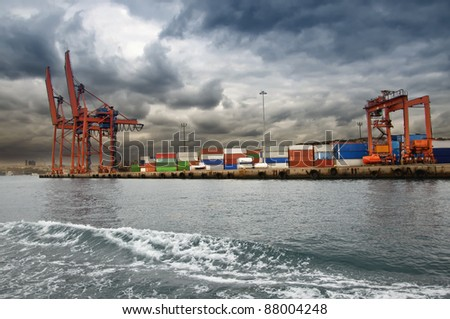 harbor in istanbul