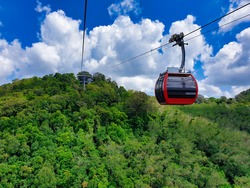 Hatyai Cable Car You can also launch vividly in the sky overlooking the city of Hat Yai