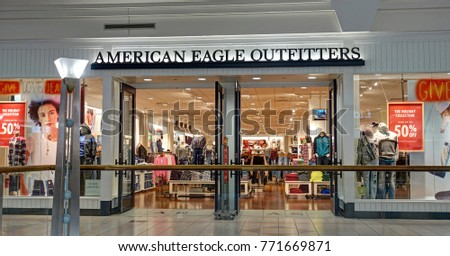 HDR Image American Eagle Outfitter Retail Storefront Shopping Mall
