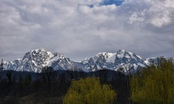 HDR outdoor landscape photography of rocky mountain with snow