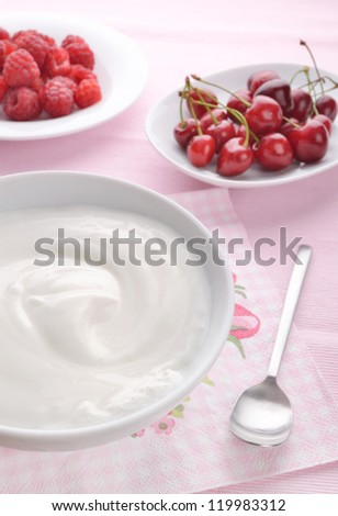Healthy breakfast with natural yogurt and fresh fruits