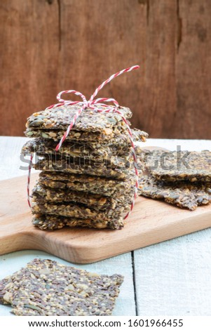 Healthy home made seed crispbread (crackers) Gluten-Free and Vegan Photo stock ©