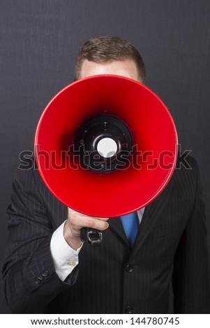 Hear me!!