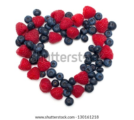 heart made of blueberries and raspberries