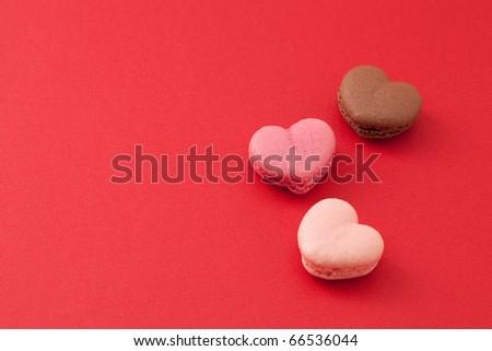 heart shaped mararons