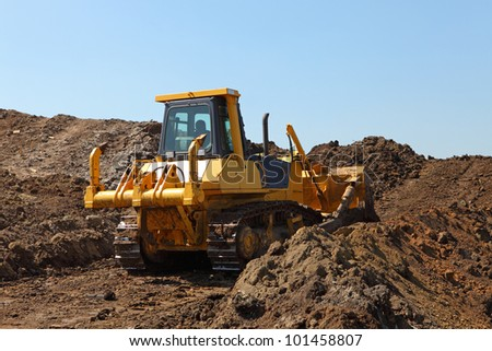 Heavy construction machine - bulldozer