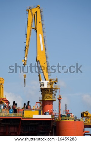 Heavy crane at offshore platform