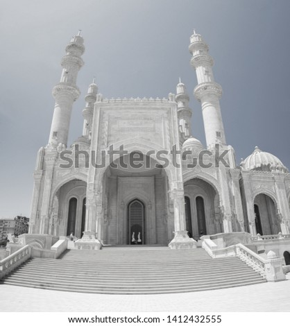 Heydar Aliyev Mosque, panoramic image. The biggest mosque in Baku is Haydar Mosque. There are four 95 meter high minarets and the total area of the mosque is 12000 square meters.