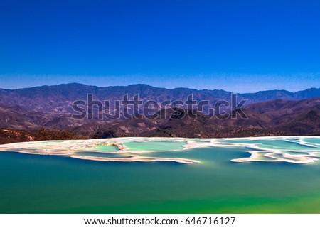 Shutterstock Hierve el Agua, Oaxaca, Mexico