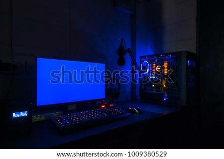 High-End Computing Blue screen #1009380529