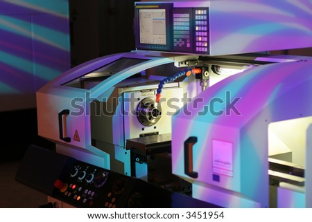 High precision lathe with display.