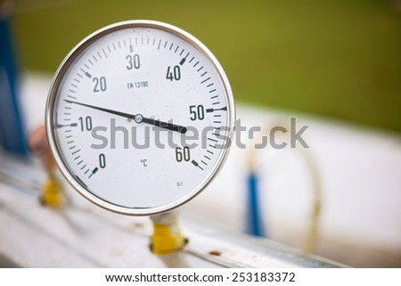 High pressure reading on gas wellhead
