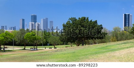 High resolution panorama view of Tel Aviv. Wolfson Park.