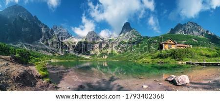 High Tatras and the Zelene Pleso (Green lake) with the Belianske Tatry behind,( Chata pri Zelenom Plese) Slovakia Stockfoto ©