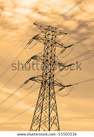 high-voltage transmission line to 500kV