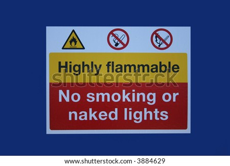 highly flammable no smoking sign isolated on blue