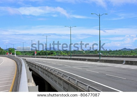 highway and Ting Kau bridge