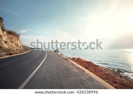 stock photo highway beside the sea 426538996 - Каталог — Фотообои «Море, пляж»