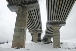 Highway viaduct construction