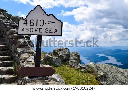 Hiking altitude sign - above sea level sign Foto d'archivio ©