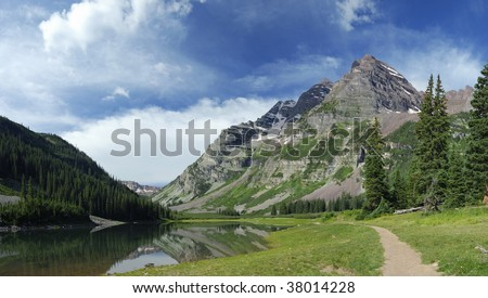 Hiking trail in Maroon Bells Wilderness in central Colorado