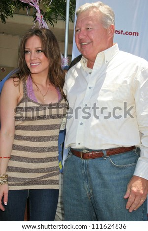 "Hilary Duff and Stan Curtis at an event celebrating the success of ""Blessings in a Backpack"" Program. Normandie Elementary School, Los Angeles, CA. 06-14-07"