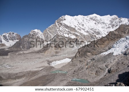 Himalaya Mountains complete with pristine glaciers and lakes around Everest Base Camp. Viewed from Kala Patthar (5550m)